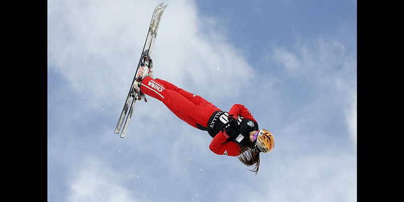 arieal-freestyle-skiing