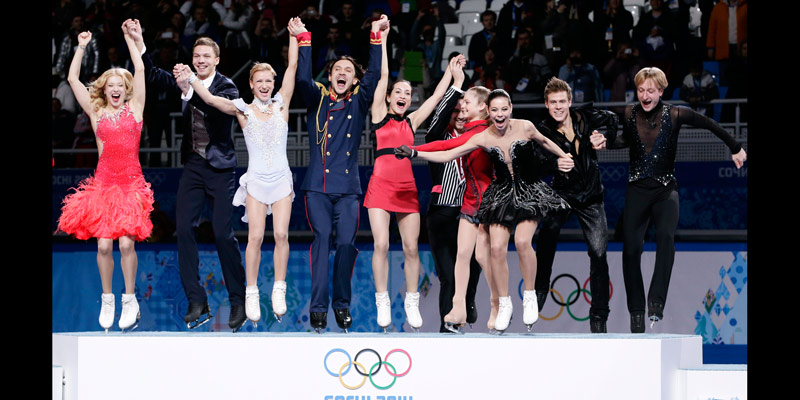 figure-skating-team